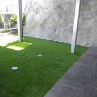 人工芝も敷き詰め、キッズスペースに!