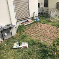 施工前① お庭のリガーデンとして雑草が生えなく、管理しやすいタイルテラスにとのご要望でした